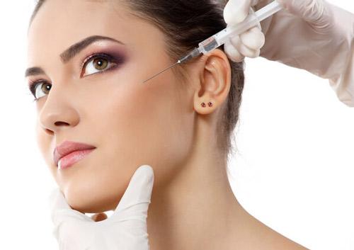 عوارض تزریق ژل - مرکز زیبایی دال